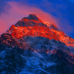 Хан Тенгри закат на вершине